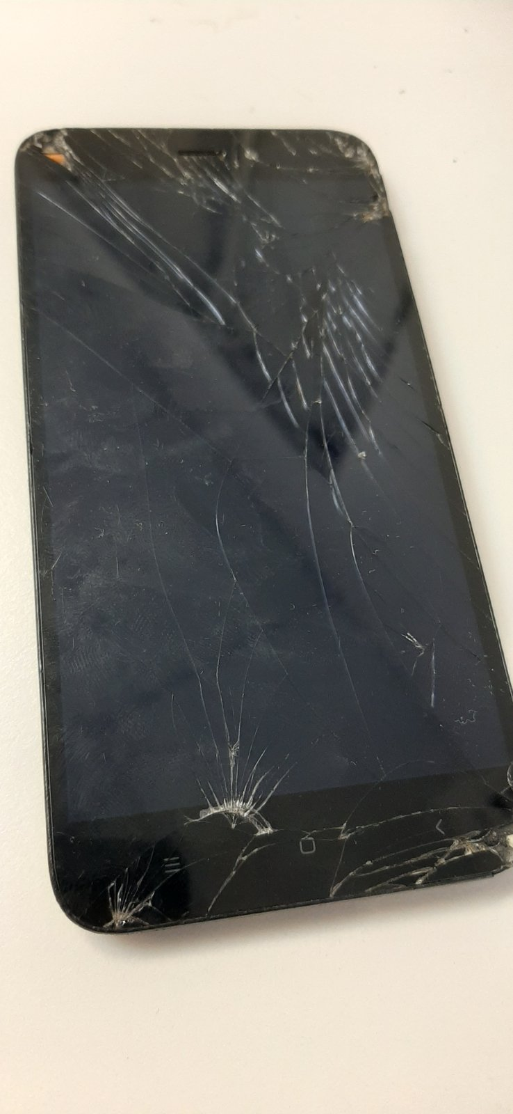 Cтоит ли менять дисплей на телефоне